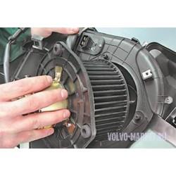 Замена моторчика печки (P3) Volvo