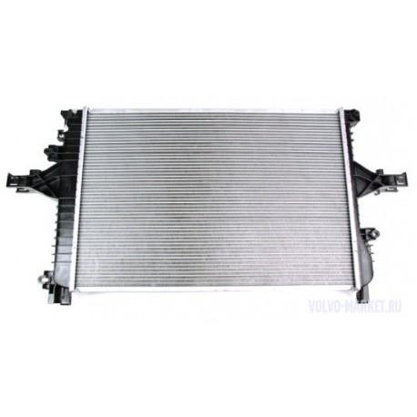Радиатор охлаждения VOLVO 31319056